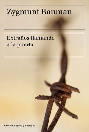 EXTRAÑOS LLAMANDO A LA PUERTA
